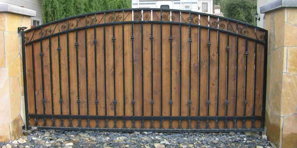 65-wood-driveway-gate-sonoma-county