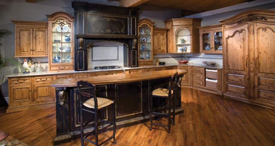 Alder-Custom-Kitchen-Cabinetry