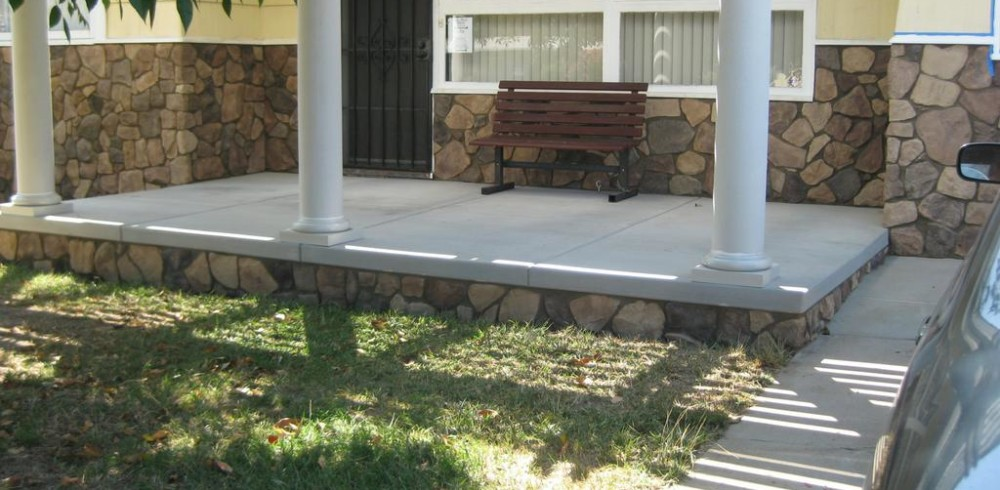 D.E. Contreras Construction - San Diego - Concrete Porch and Veneer Stone_full