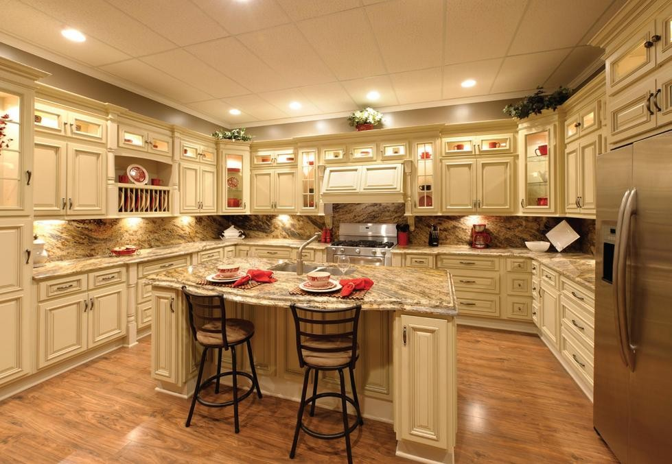 Countertops With White Kitchen Cabinets Antique White Kitchen Cabinets