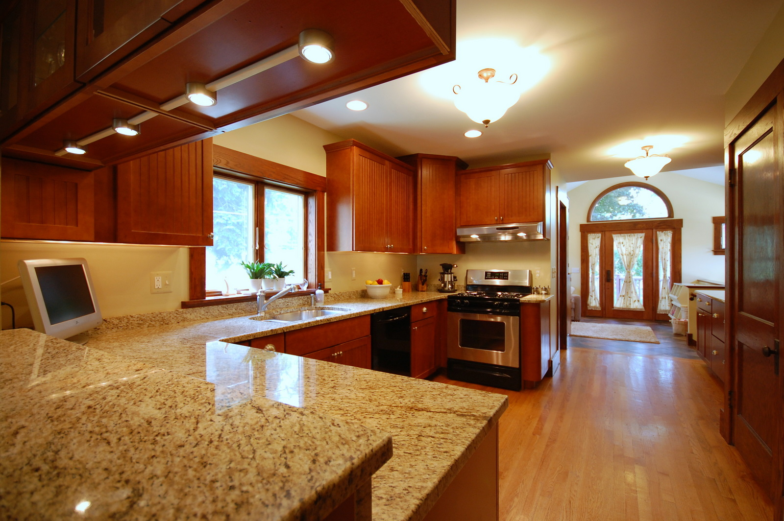 Granite installation jmarvinhandyman for Granite countertop design ideas
