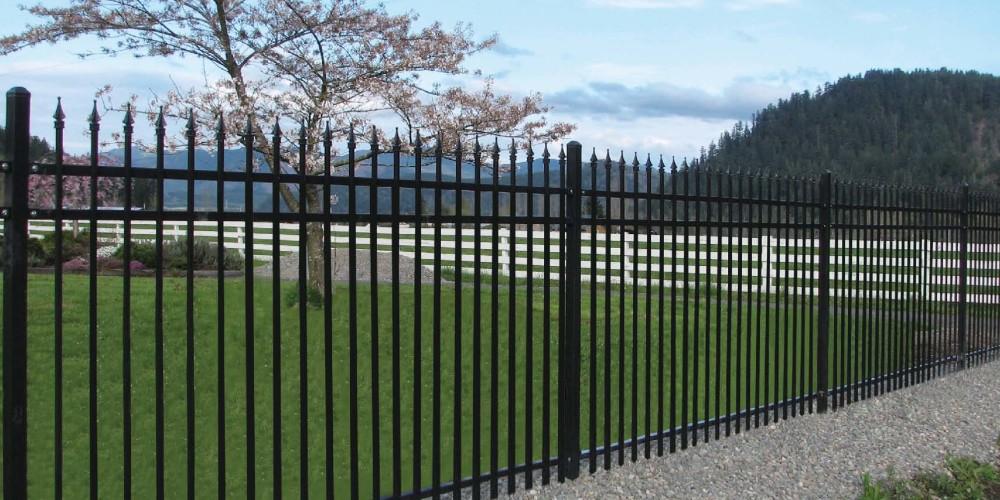 iron-fence-1717x1273-hsm-landscaping-edmonton-ab-fences-ae-i_com