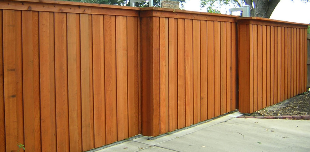 lantana-fence-stainvnbv