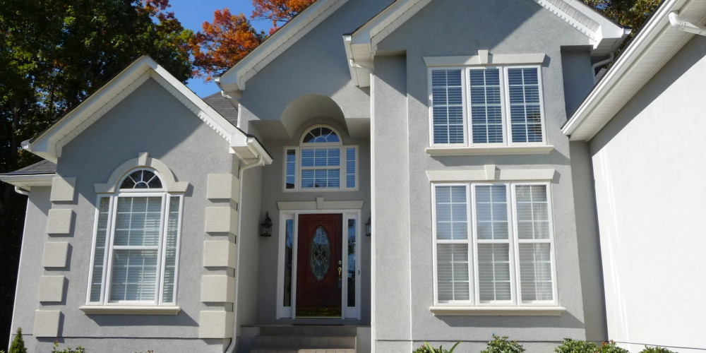 stucco-homes-2048x1536-relocating-to-mooresville-and-lake-norman-what-you-should-know-ae-i_com