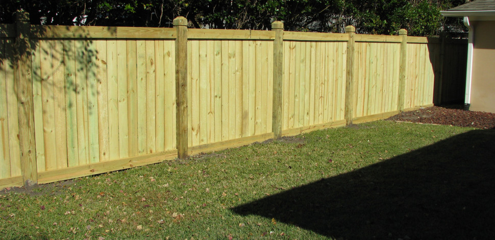 wood-privacy-fence