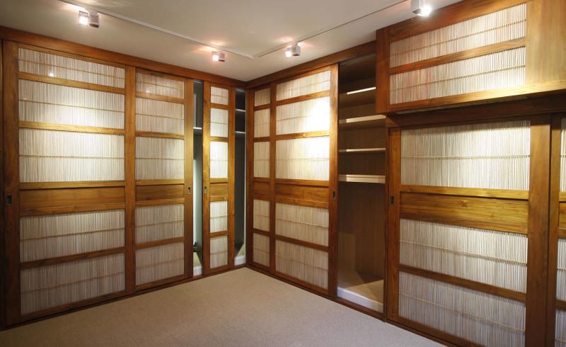 wooden-sliding-doors-closets-walk-in-wardrobes-62419-1892207